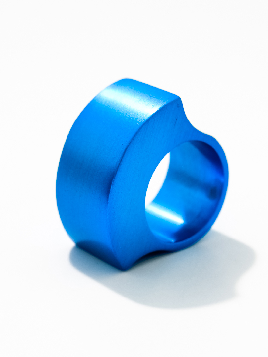 """Tectonics"" robust aluminium ring - Gamma"