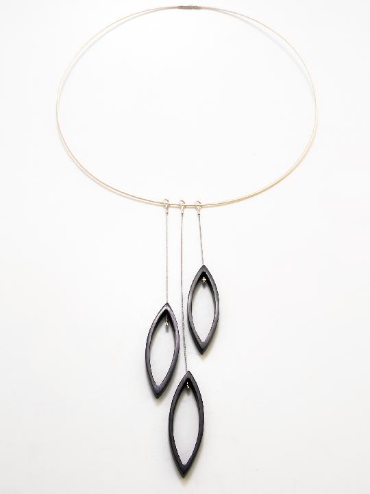 aluminium necklace - 3 small navettes